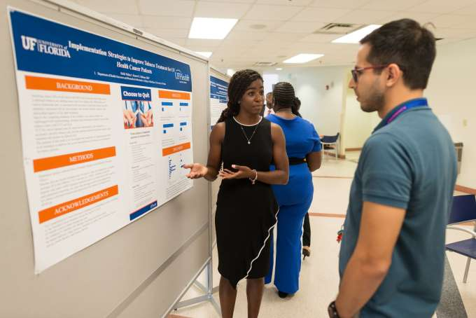 Haille Walker (FAMU) discusses factors that affect smoking habits among UF Health cancer patients.